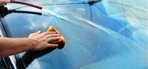 4 Tips for Avoiding Scratches in Your Auto Glass