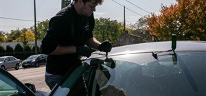 Are You Damaging Your Auto Glass? Stop Doing These 3 Things