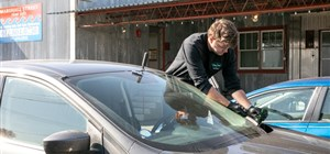 What You Need to Know About Mobile Auto Glass Repair & Replacement