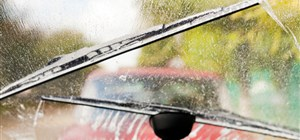 Rain Sensors on Windshields: Signs They Need Repair