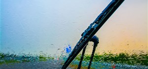 What is Causing the Leaks in Your Front Windshield?