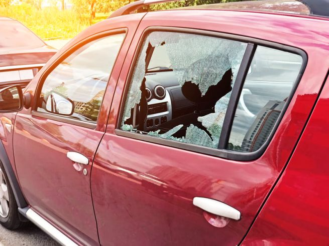 Auto Glass Repair Non-Negotiables: What to Look for in a Repair Shop