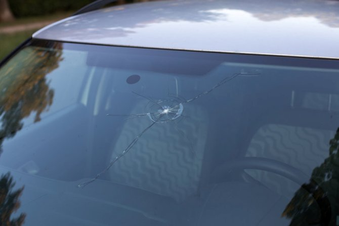 Minor Auto Glass Damage: Is it Really That Dangerous?