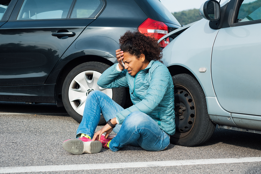 What Should You Do During a Roadside Emergency?