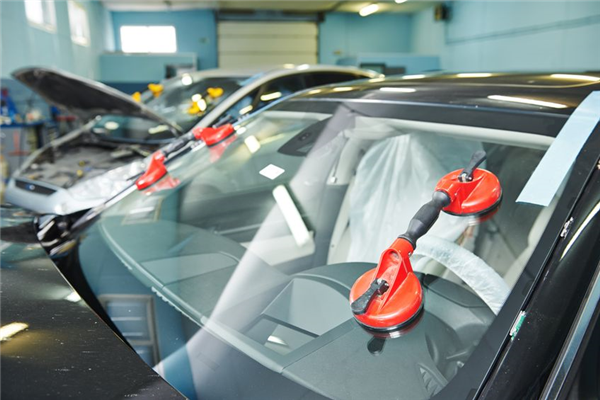 How Does Windshield Replacement Work?