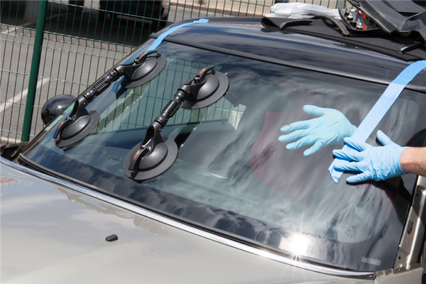 How to Protect Your Auto Glass From Your Teenager