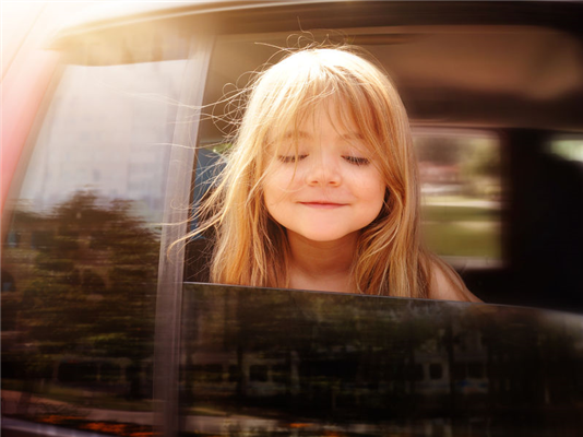 Childproof Your Car with an Auto Glass Repair