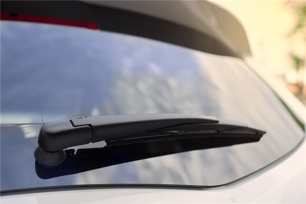 3 Common Problems with Rear Windshields
