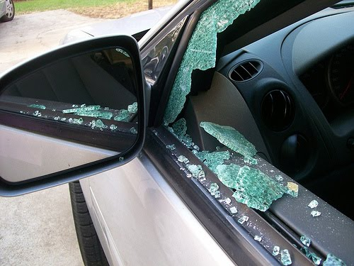 Tips to Avoid Vehicle Breakins