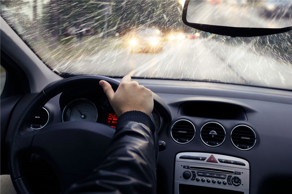 Rust and Your Windshield: Why They Don't Mix